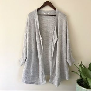 Madewell Gray knit 3/4 sleeve open front cardigan